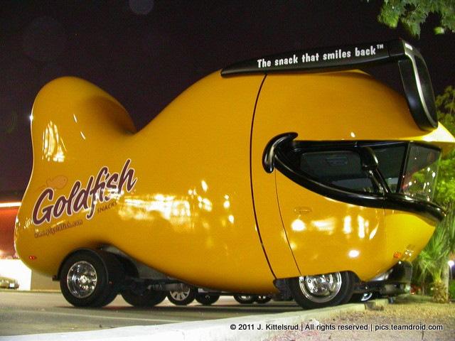 goldfish_car_001.sized